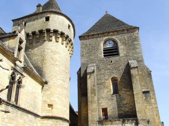 L'église et le chateau
