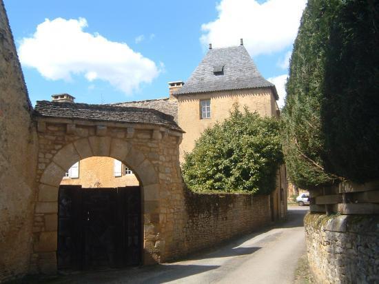 La rue du chateau